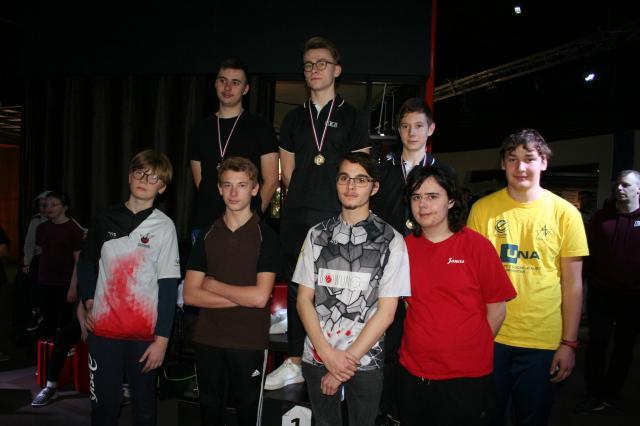 19 12 15 podium cadet 2